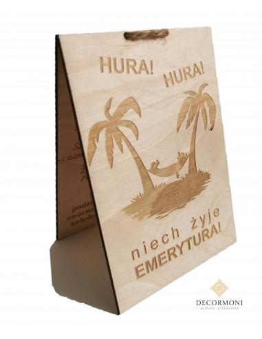 Drewniana kartka dla emeryta z palmami i hamakiem