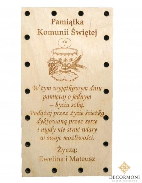 Personalizowana kartka na komunie zakręcona na śruby